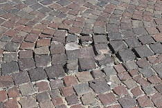 Pavements made of porphyry, the possible defects of laying