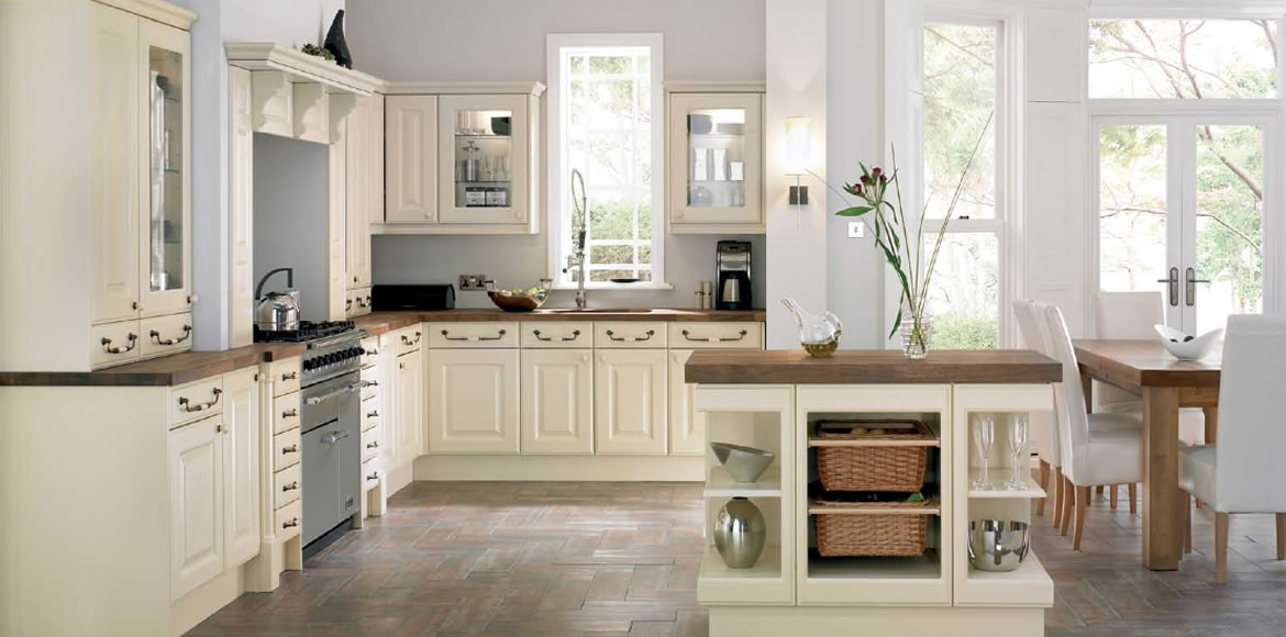 new england kitchen cabinets what are the benefits to consider when you hire a kitchen 3485