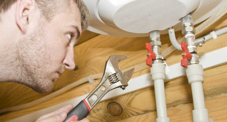 What Are The Major Services That Plumbers Offer?