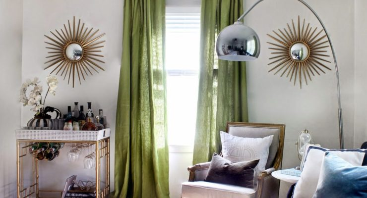 Boost Up The Beauty Of Draperies With Acrylic Hardware